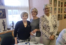 Captian-Pat-with-Runners-Up-Carolyn-and-Beryl