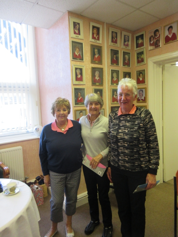 Nearest the Pin - Nin & Irene Ladies Invitation
